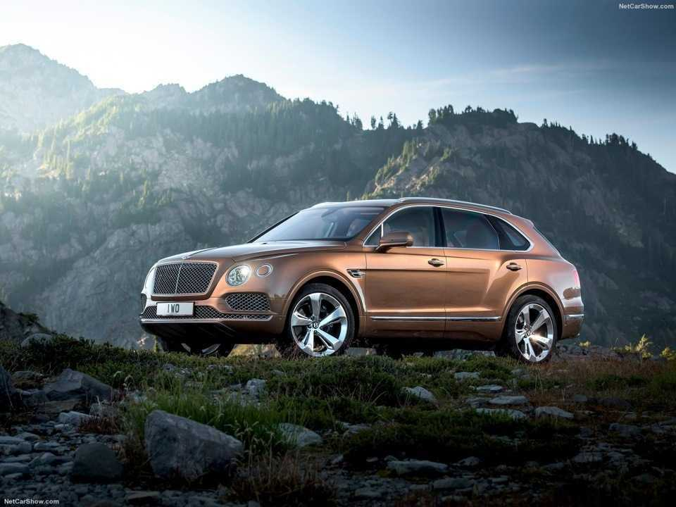 Bentley Bentayga уже в России