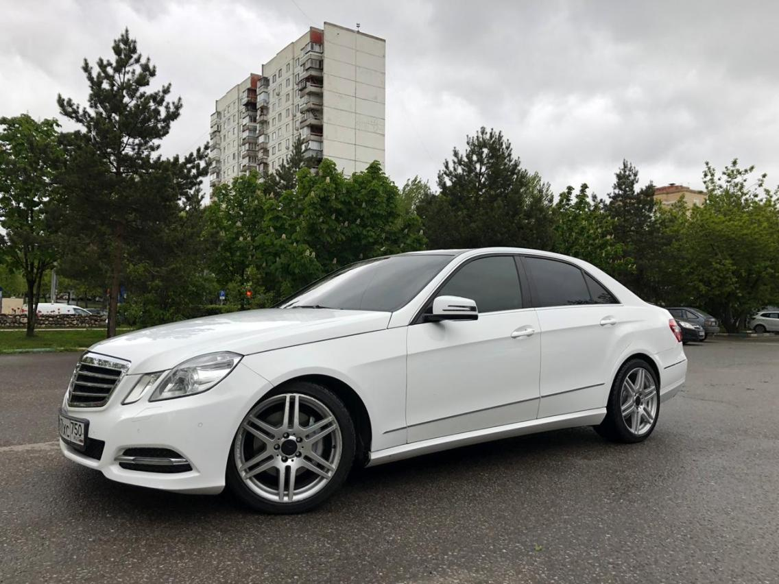 Фотография 4 Mercedes-Benz E-Класс W212/S212/C207/A207 E 350 4MATIC 7G-Tronic Plus (272 л.с.)  2011 WDD2120871A426086 О397ХС750 Белый