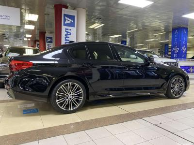 Автомобиль 530d xDrive Steptronic (249 л.с.)