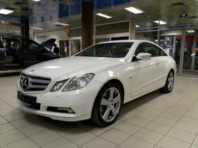 Автомобиль E 250 CGI BlueEfficiency AT (204 л.с.)