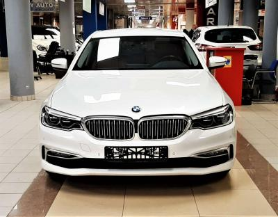 Автомобиль 530i xDrive Steptronic (249 л.с.)