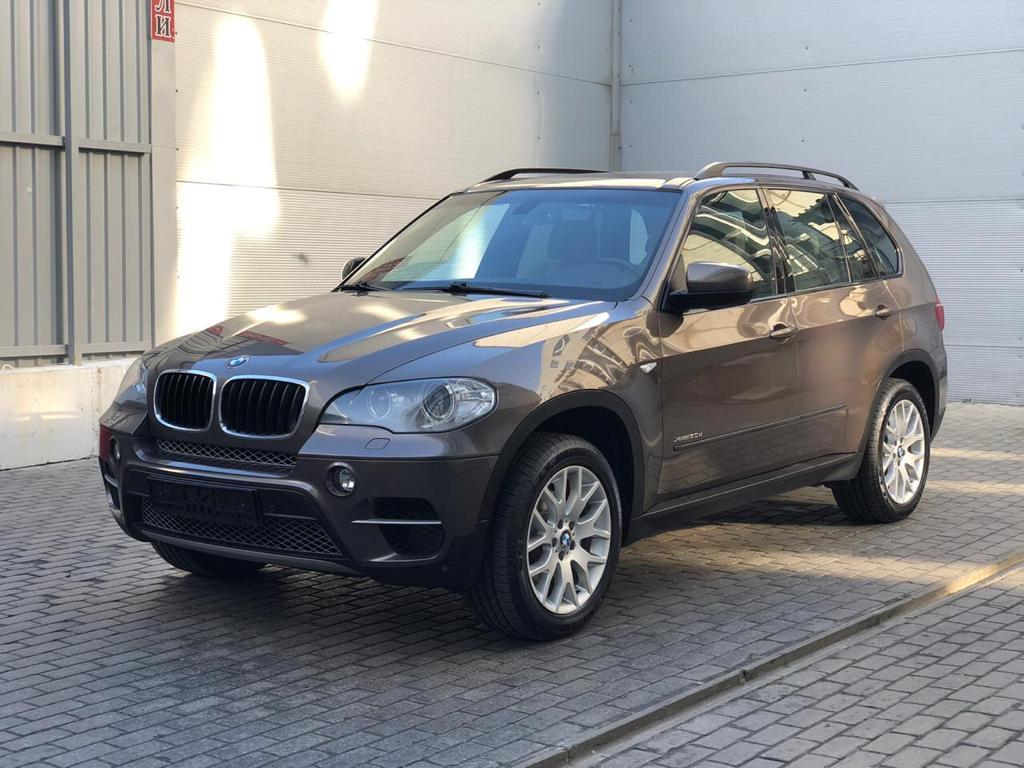 Фотография 3 BMW X5 E70 [рестайлинг] xDrive30d Steptronic (245 л.с.)  2011 WBAZW41060L826827 у044он799 Коричневый